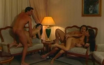 fare sesso in hotel chat amici gratis