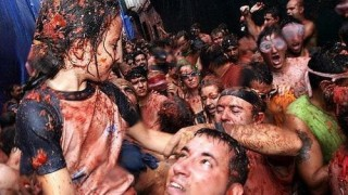 bunol_latomatina_food_fight_10