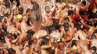 bunol_latomatina_food_fight_13