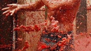 bunol_latomatina_food_fight_16