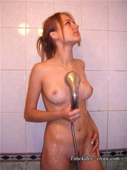 doccia_amatoriale_ragazze_09