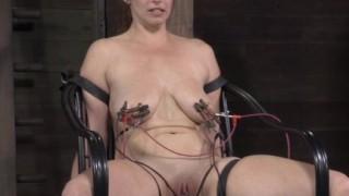 Bella Rossi bondage elettronico
