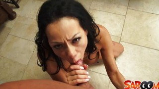 Lara Tinelli sborrata sulla figa