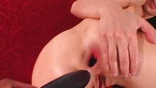 Victoria Sin: masturbazione in figa e culo
