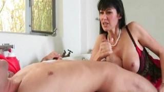 Eva Karera ama scoparsi i ragazzi