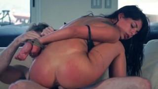 Gina Valentina scopata brutalmente
